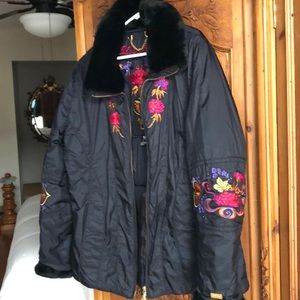 Beautiful Obermeyer ski or apres ski jacket